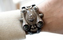 MB&F HM6 Space Pirate, une montre hors du commun