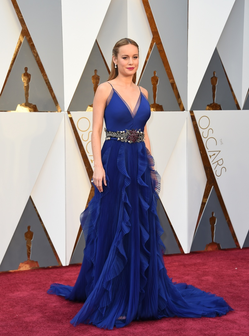 Actress Brie Larson arrives on the red carpet for the 88th Oscars on February 28, 2016 in Hollywood, California. AFP PHOTO / VALERIE MACON / AFP / VALERIE MACON