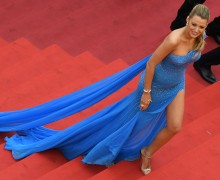"US actress Blake Lively poses on May 14, 2016 as she arrives for the screening of the film ""The BFG"" at the 69th Cannes Film Festival in Cannes, southern France.  / AFP PHOTO / ANNE-CHRISTINE POUJOULAT"