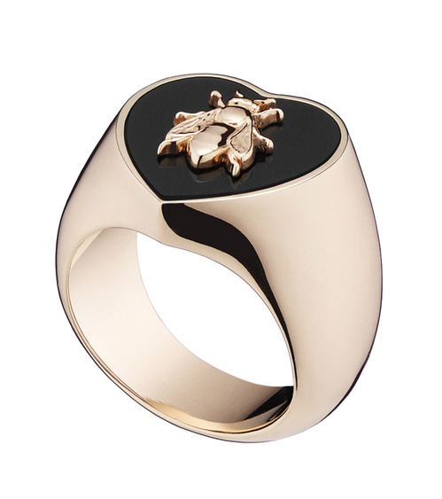 lucky_dior__bee__pattern_mini_ring_in_metal_with_pink_gold_finish_and_onyx_jpg_1838_north_499x_white