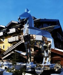 1-1-cheval-blanc-courchevel-outdoor-by-day_t-malty2010