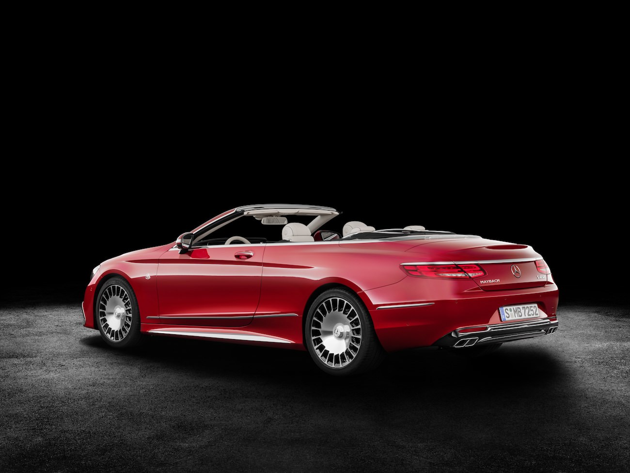 mercedes-maybach-s650-arriere