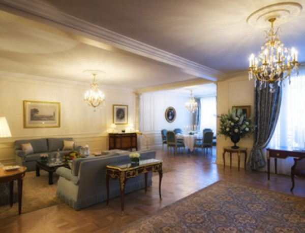 Le-bristol-baris-suite-royale