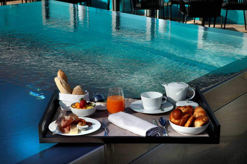 Breakfast on the Pool Terrace