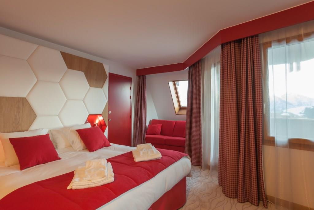 Hotel_Royal_Ours_Blanc_deluxe1