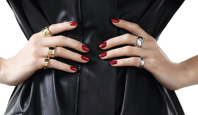 Chanel_partners_with_Net-a-porter_for_fine_jewellery_pop-up_online_store01