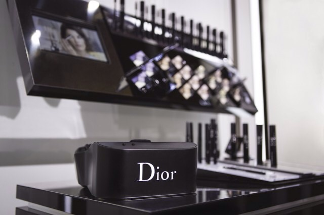 Dior eyes casque