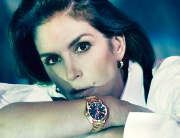 cindy crawford omega 20 ans