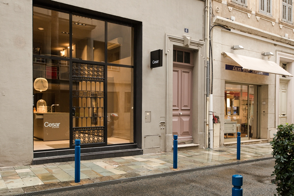 Cesar_Flagship store Cannes_02