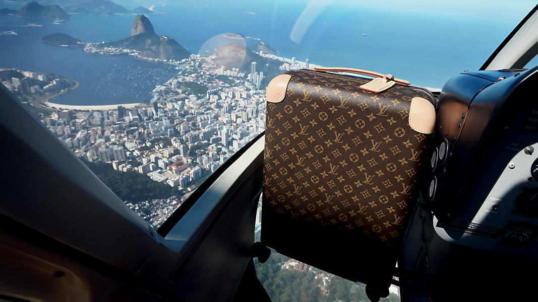 louis-vuitton--Louis_Vuitton_701_New_Rolling_Luggage_3_DI3