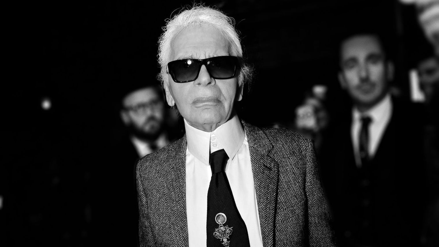 karl-lagerfeld-au-defile-chanel-metiers-d-art-paris-rome