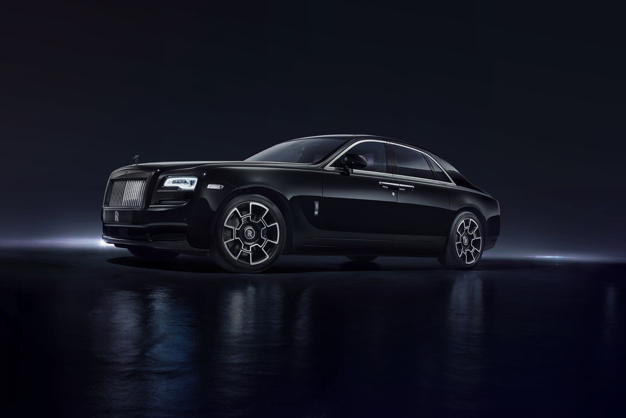 rolls-royce-black-badge_luxe_ghost