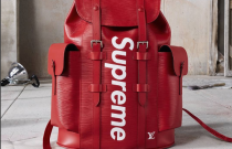 Les pièces de la collaboration Louis Vuitton x Supreme en vente à Paris