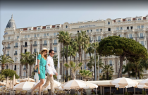 CARLTON BEACH CLUB, le renouveau de la mythique plage de la French Riviera